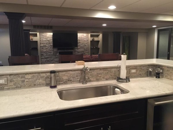 Finished Basement with Bar in Troy, MI (3)
